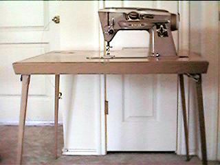 Singer Card Table for 400 & 500 Series and Model 301 Sewing Machines