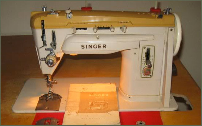 Singer Model 412G Sewing Machine